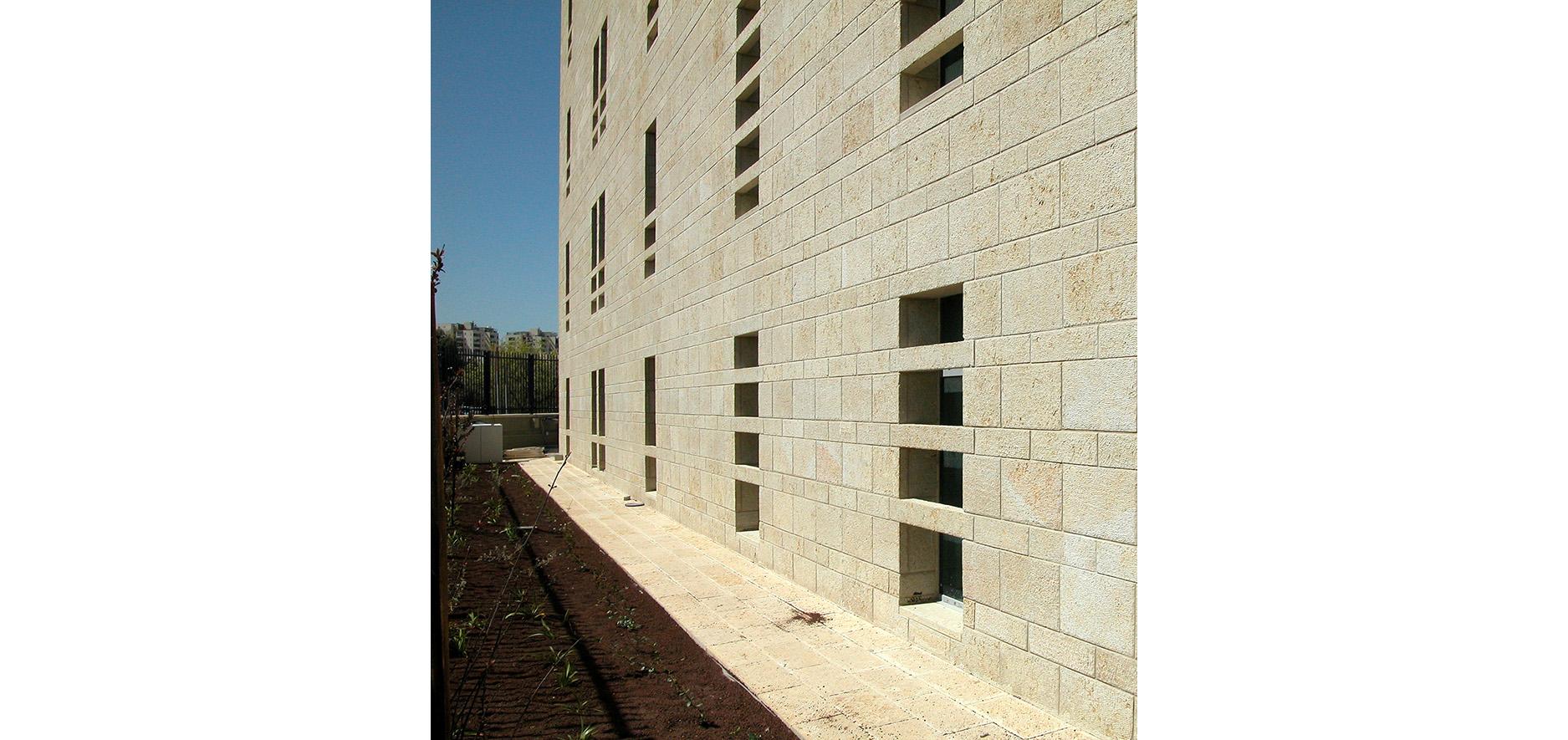 Intel6building_jerusalem_by_kolker_epstein_architects005