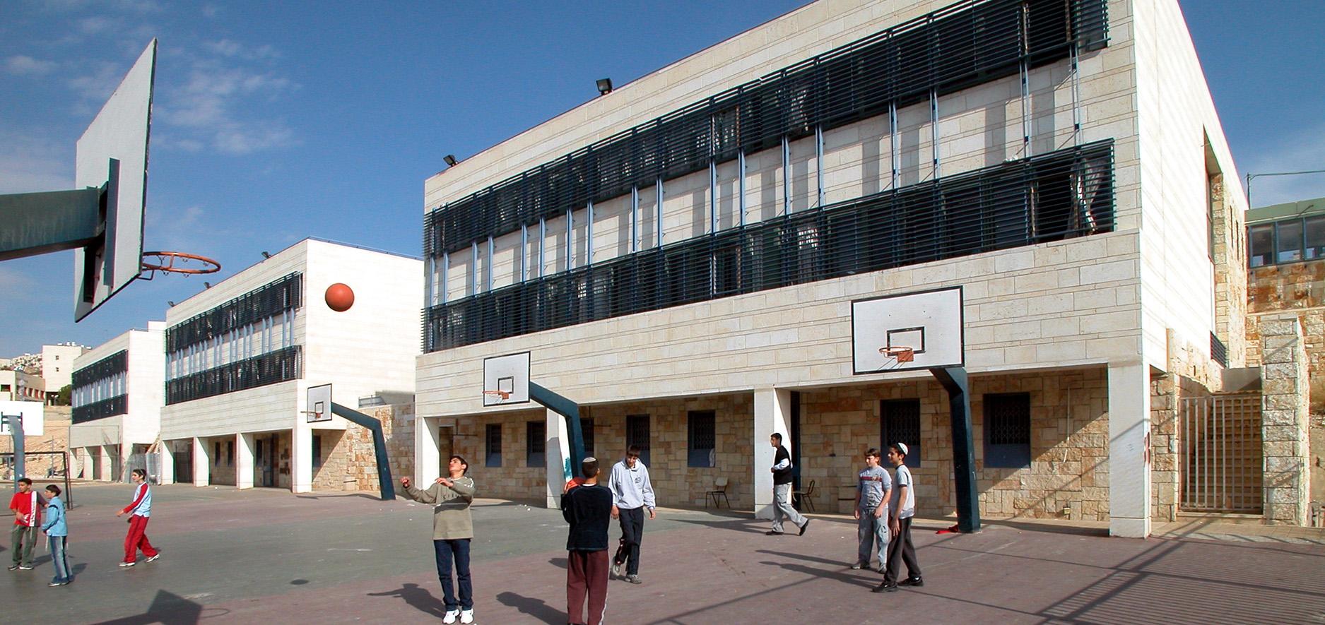 BeitHasefer_HaMakif_Ramot_planned_By_Kolker_Epstein_Architects1
